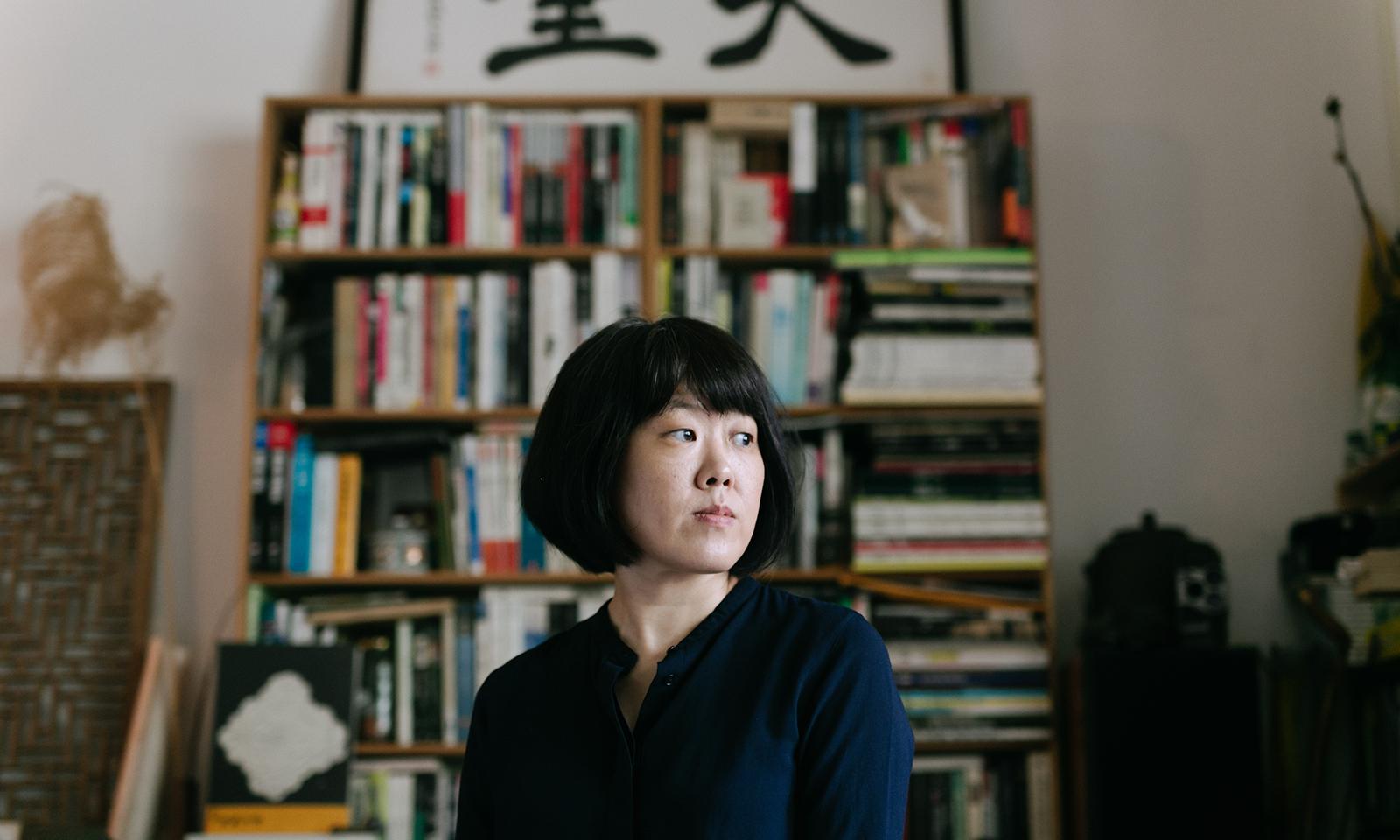 療癒自己的路上,會有「老師」嗎——專訪陳芯宜《四樓的天堂》